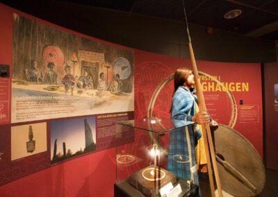 Flagghaugfyrsten i utstillingen på Nordvegen historiesenter