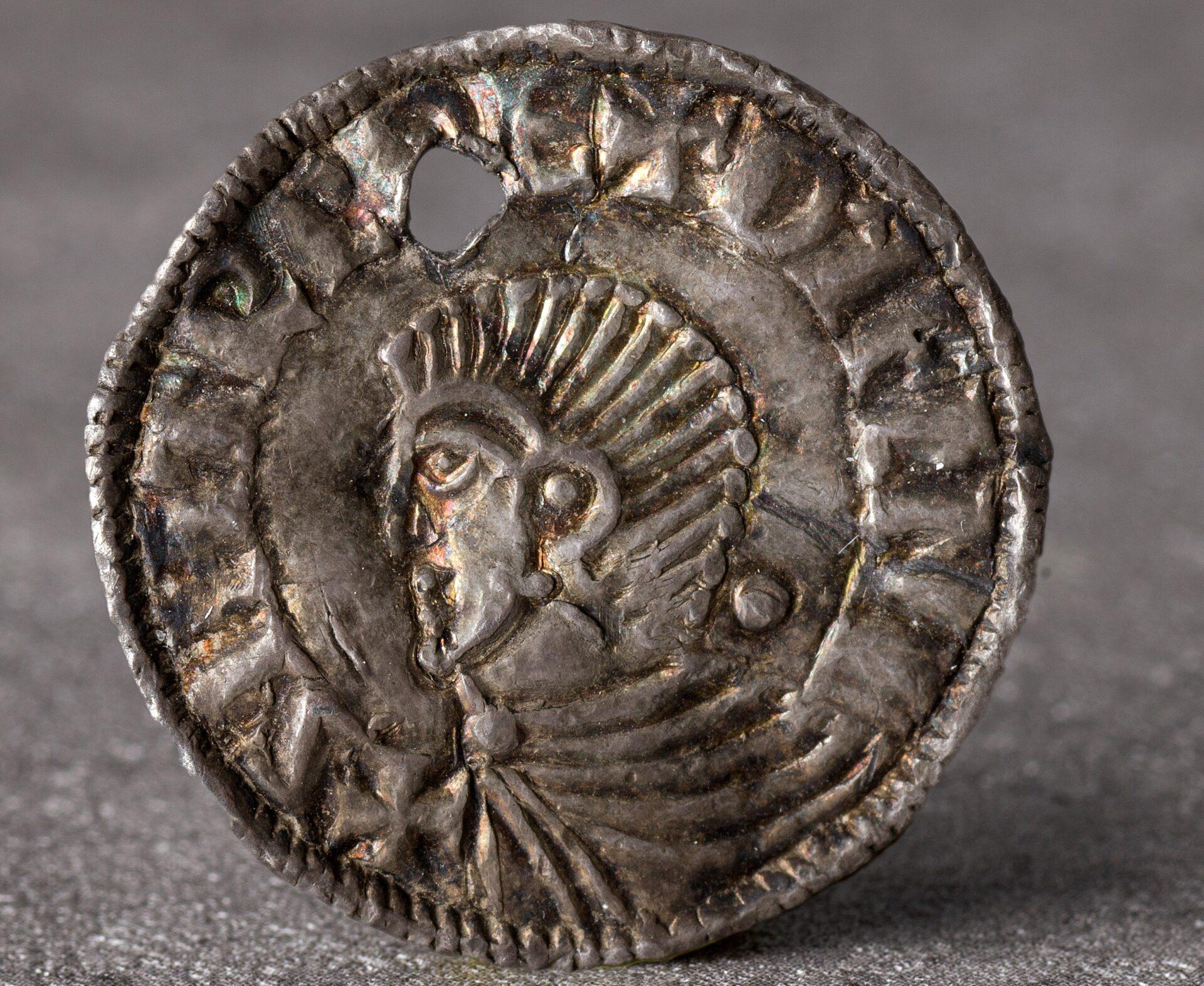 Mynt fra vikingtid