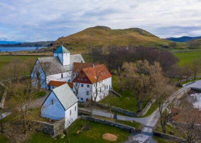 Utstein Kloster sett fra lufta