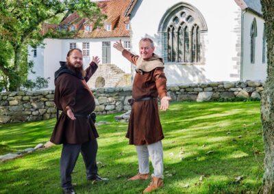Verter i middelalderkostymer