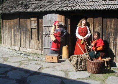 Vikingkvinner på Avaldsnes