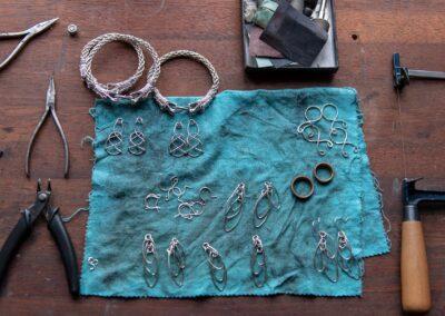 Smykker for salg på Viking House